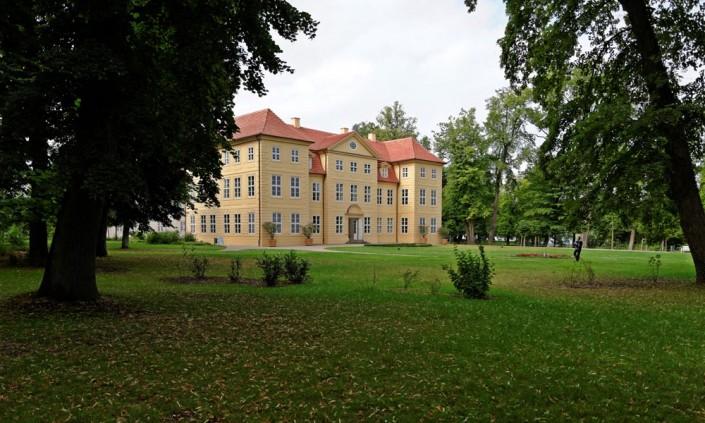 Mirower Schlossinsel mit dem Schloss Mirow